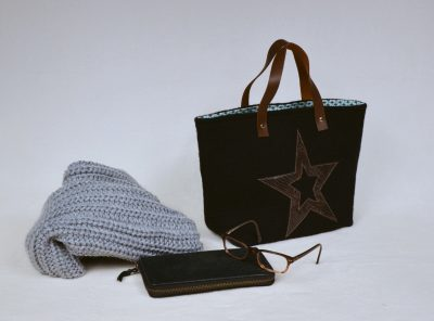 Swap noir en laine bouillie - étoile